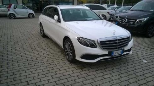 MERCEDES-BENZ E 220 d S.W. Auto Exclusive