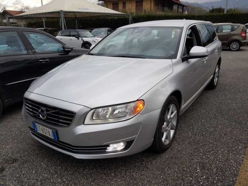VOLVO V70 D3 Geartronic Momentum