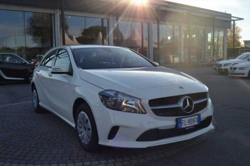 MERCEDES-BENZ A 180 d Executive