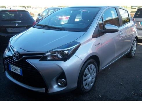 TOYOTA Yaris 1.5 Hybrid 5 porte Business
