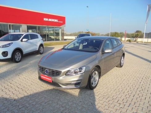 VOLVO V60 D2 1.6 Powershift Business NAVY