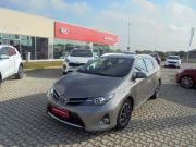 Toyota Auris Touring Sports 1.4 D Lounge SW