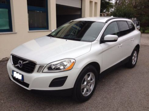 VOLVO XC60 XC60 D3 AWD Kinetic