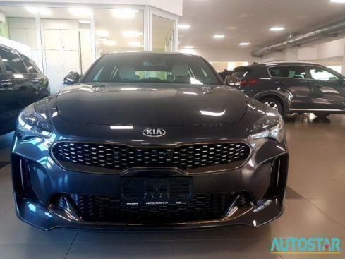 KIA  Stinger 2.2 CRDi AWD AT8 GT Line