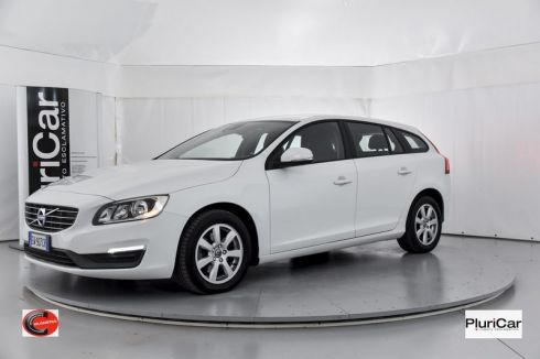 Volvo V60  D2 Powershift 115cv