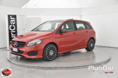 MERCEDES-BENZ B 180  B 180 d auto Tetto Navi Full LED...