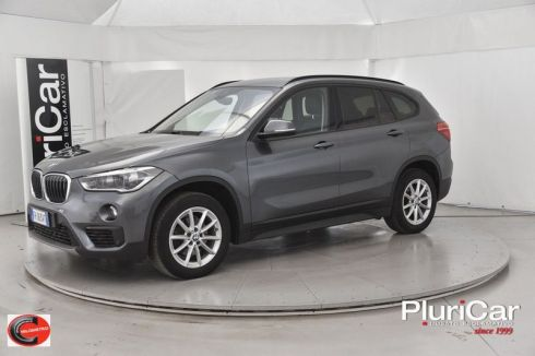BMW X1  xDrive18d 150cv auto Fari LED...