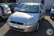 FORD FOCUS 1.6I 16V CAT SW GHIA Usata 2000
