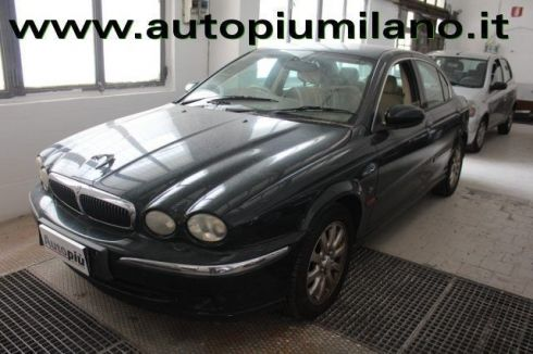 JAGUAR X-Type 2 litri V6 24V cat RHD