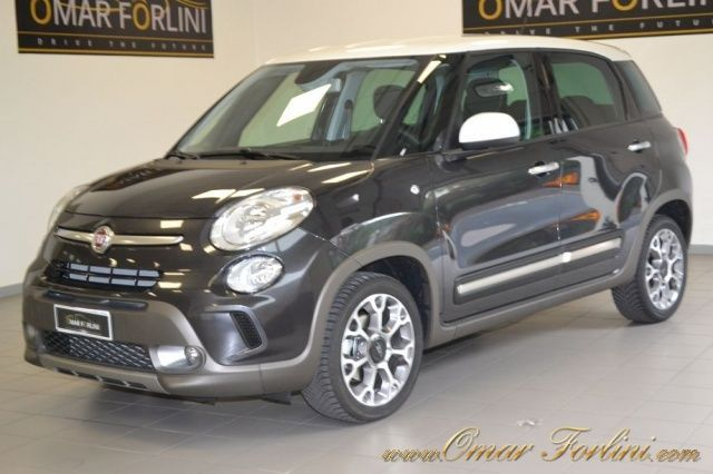 Fiat 500l Trekking 1 3mtj 16v Dualogic Bi Color 17 Sconto30 Car Km0