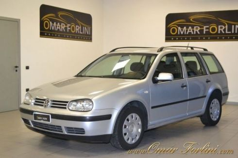 VOLKSWAGEN Golf Variant 1.9 TDI COMFORTLINE 100CV BARRE IN ORDINE IN TUTTO