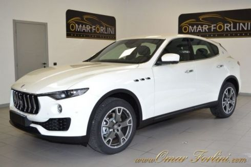 "MASERATI Levante DIESEL 3.0 V6 275CV BUSINESS PACK CAM 20""NERI FULL"