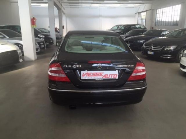 mercedes benz clk 200 kompressor uzywany 2005 autosupermarket. Black Bedroom Furniture Sets. Home Design Ideas
