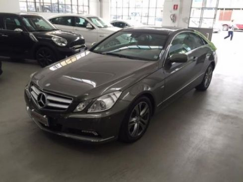 MERCEDES-BENZ E 350 COUPE BLUE EFFICIENCY AVANTGARDE