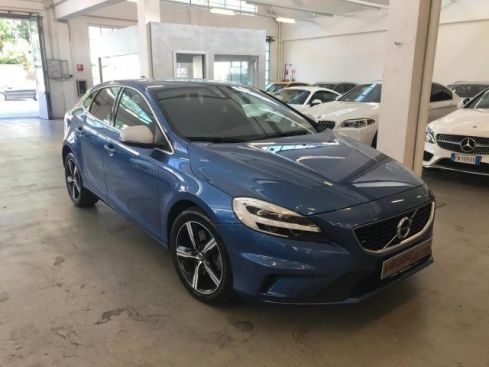 VOLVO V40 D2 Geartronic R-design