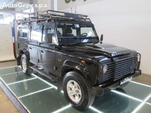LAND ROVER Defender 110 2.4 TD4 Station Wagon S,
