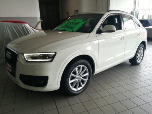 AUDI Q3 2.0 TDI quattro S tronic Advanced Plus NAVI LED