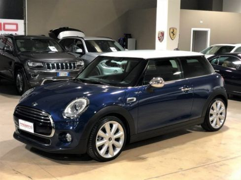 "MINI Cooper D 1.5 Hype Automatica - LED - 18"" - Navigatore FULL"