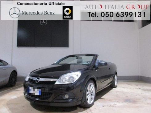 OPEL Astra TwinTop 1.8 16V VVT Cosmo