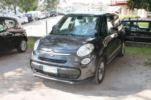 FIAT  500 L Living pop star