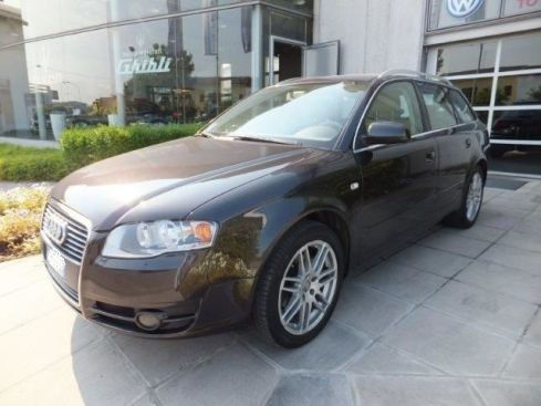 AUDI A4 2.0 16V TDI Avant multitr. Top plus