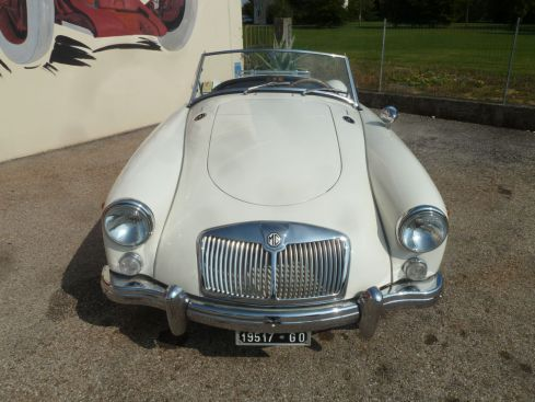 MG MGA Twin Cam Roadster