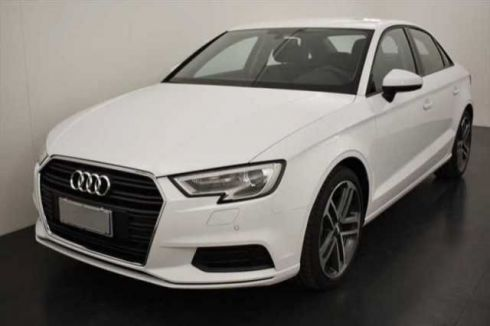 AUDI A3 Sedan 30 TDI S tronic Business