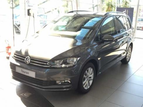 VOLKSWAGEN Touran 1.6 TDI DSG Business BlueMotion Technolo