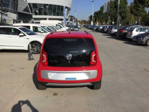 VOLKSWAGEN Up! 1.0 75 CV 5p. cross