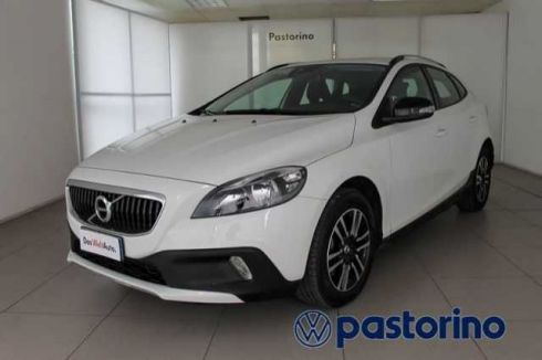 VOLVO V40 V40C.COUNTRY 2.0 D2 KINETIC