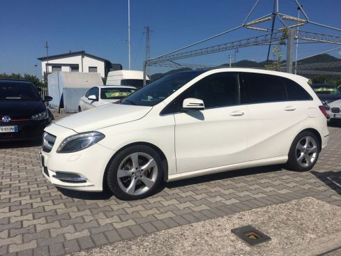 MERCEDES-BENZ B 180  B 180 CDI BlueEFFICIENCY Premium