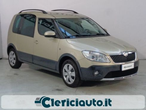 SKODA Roomster 1.6 TDI CR 90CV Scout (CLIMA AUTO, PDC)