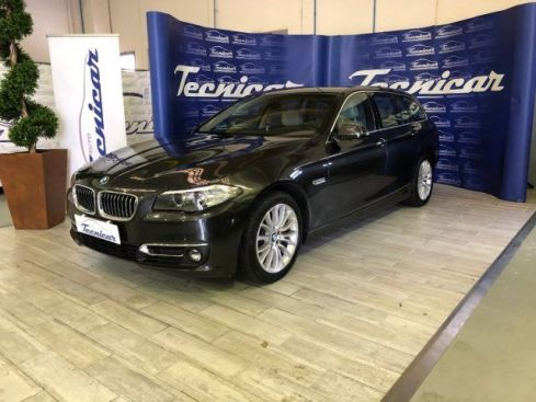 BMW 530 d xDrive 258CV Touring Luxury