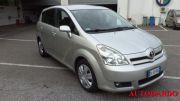 TOYOTA COROLLA VERSO 2.2 16V D-4D used car 2006
