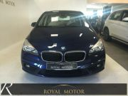BMW 218 D ACTIVE TOURER + PDC + FARI BI-LED !!! Usata 2015