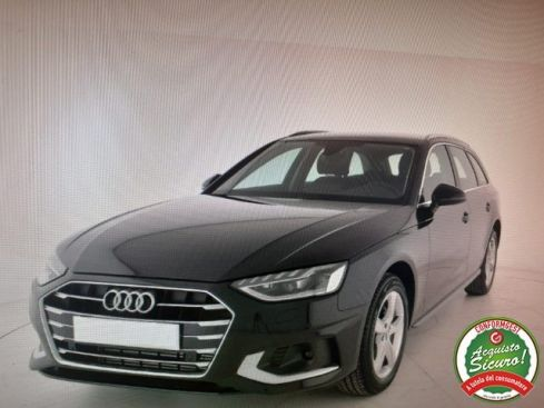 AUDI A4 Avant 40 g-tron S tronic Business Advanced