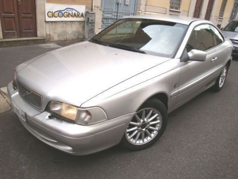 VOLVO C70 2.0i turbo 20V T-5 Coupè   * WhatsApp 3939578915 *