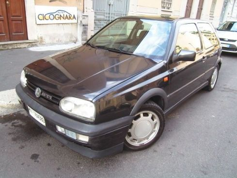 VOLKSWAGEN Golf 2.0 GTI 3P  ** WhatsApp 3939578915 **