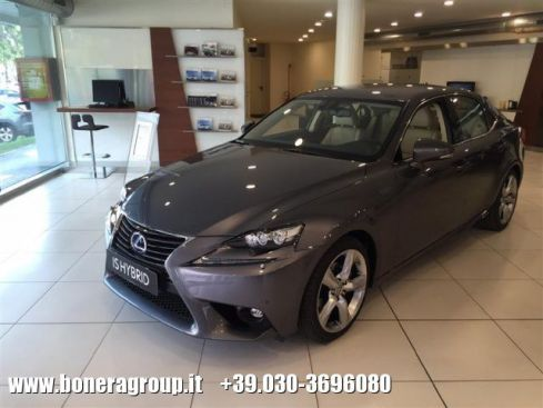 LEXUS IS 300 Hybrid Luxury