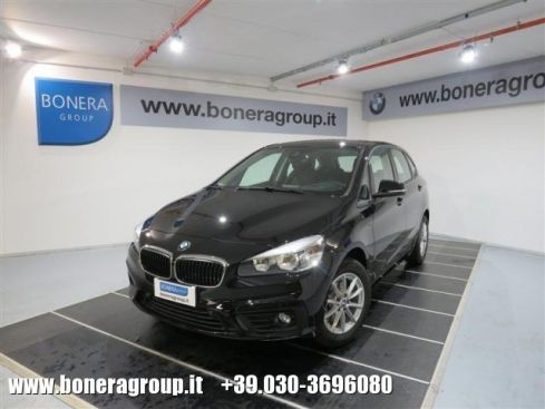 BMW 214 d Active Tourer Advantage Urban Connected Pack