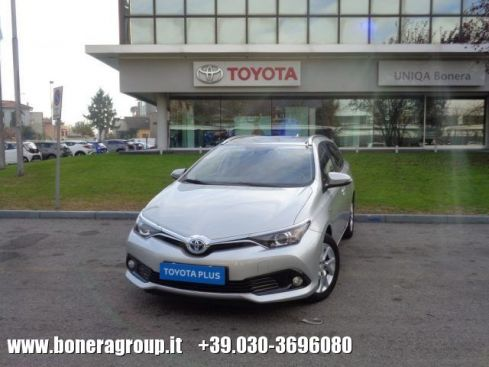 TOYOTA Auris Touring Sports 1.8 Hybrid Active
