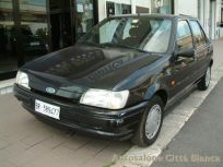 FORD FIESTA 1.3I CAT 5 PORTE CAYMAN BLUE Usata 1994