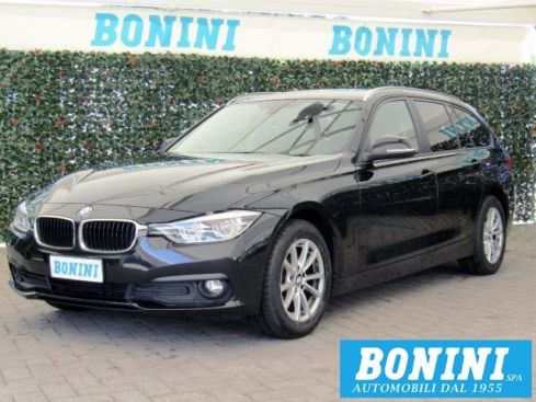 BMW 318 d Touring Business Advantage aut. - Navi - LED -