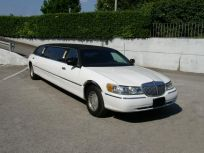 Lincoln Town Car Tiffany Limousine