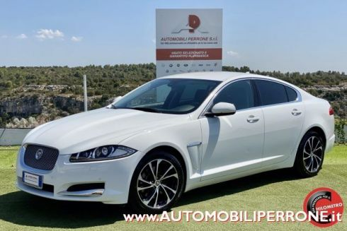 JAGUAR XF 2.2 D 200cv Luxury (Navi/Pelle/Led/Autom.)