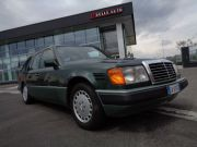MERCEDES-BENZ E 300 TURBODIESEL Epoca 1990