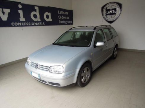 VOLKSWAGEN Golf 1.6 cat Variant Highline