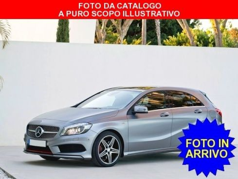 MERCEDES-BENZ A 180 BlueEFFICIENCY Sport cambio automatico