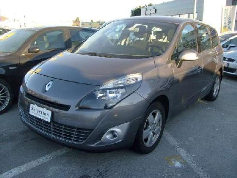 RENAULT Grand Scénic scenic 1.5 dci Dynamique