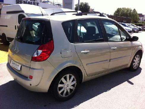 RENAULT Grand Scénic scenic 1.6 16v Luxe